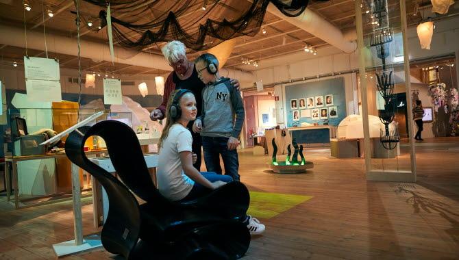 Barn aktiverar sig på Bohusläns Museum