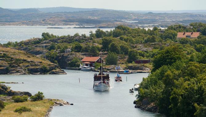 Passenger boat in the archipelago of Bohuslän
