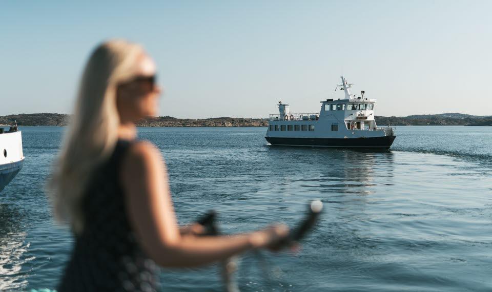 Personfärja till Björkö, Grötö, Kalvsund