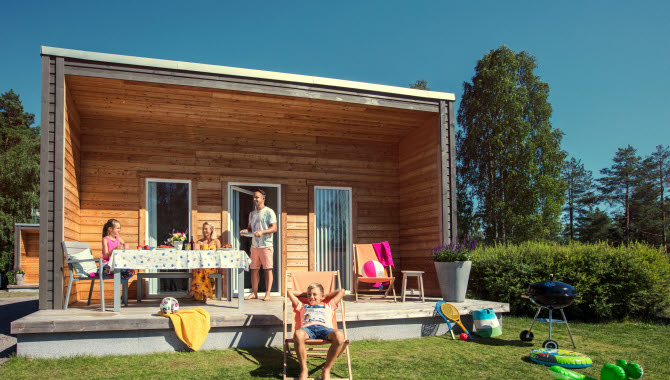 Premium cottage at Skara Sommarland Camping.