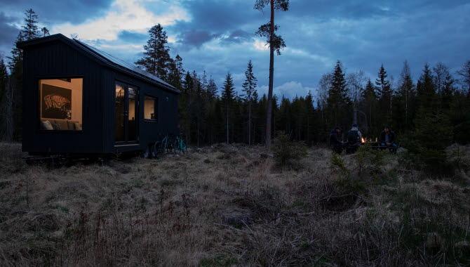Tiny house - hus på hjul - strax utanför Hjo. INFOREST