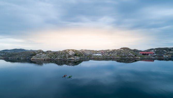 Two cayaks in the archipelago of Bohuslän