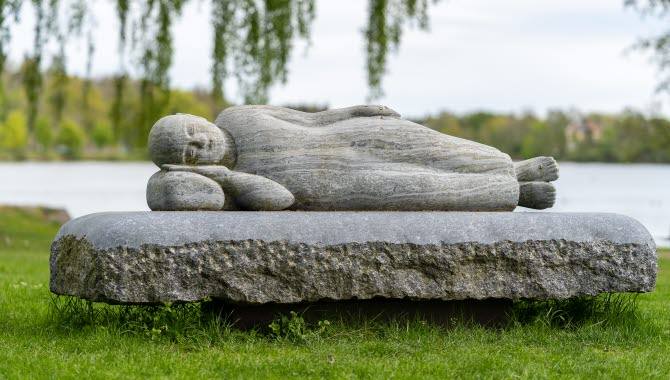 Skulpturen På väg i Trollhättan