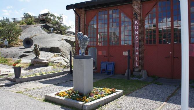 Lokstallet Strömstads konsthall