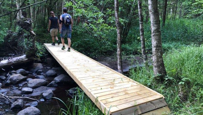 På Lassalyckan i Ulricehamn finns en 7 km lång trailbana.