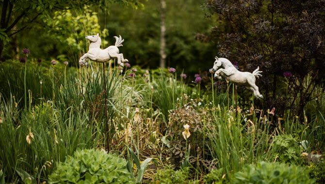 Trädgårdskonst Nyhagens Trädgård