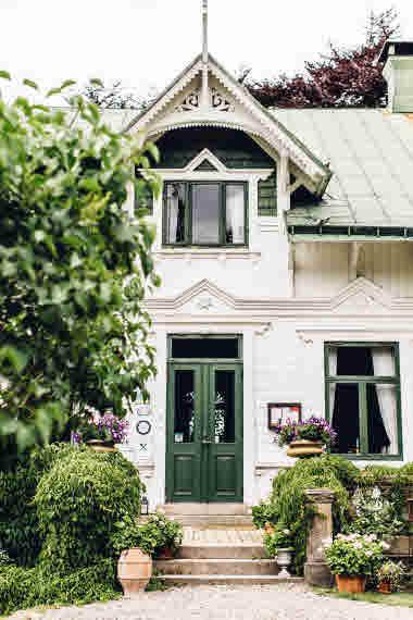 Villa Sjötorp entrence- Photo Cred Jeska Hearne, Lobster & Swan