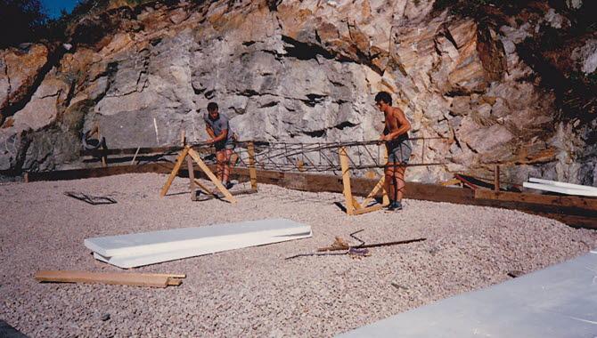 Här armeras bottenplattan till GRG Svensson Byggnads AB nuvarande lager