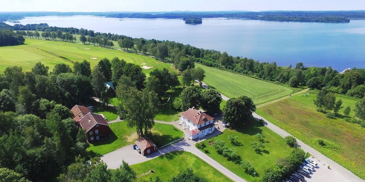 Åsundsholm Golf & Country Club vid yttre Åsunden