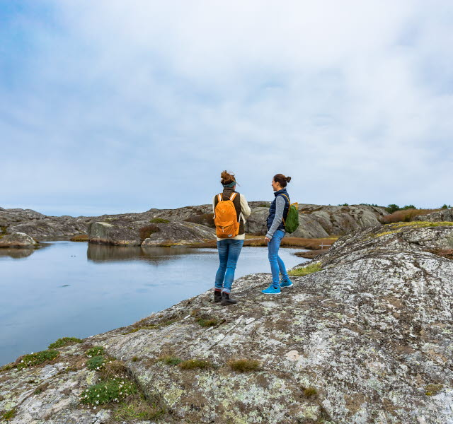 People walking on Härmanö