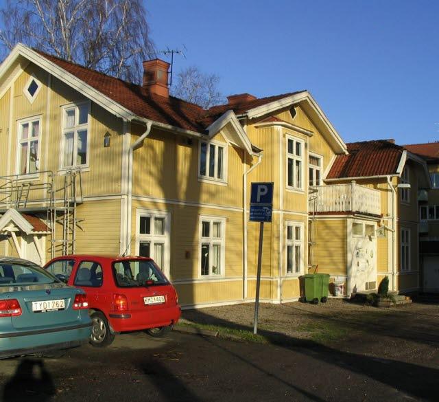 Vandrarhemmet Gula Villan i centrala Trollhättan