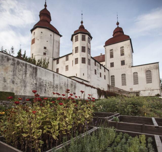 The garden at Läckö Castle