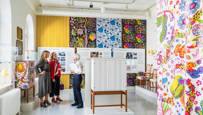Women at Estrid Ericson exhibition