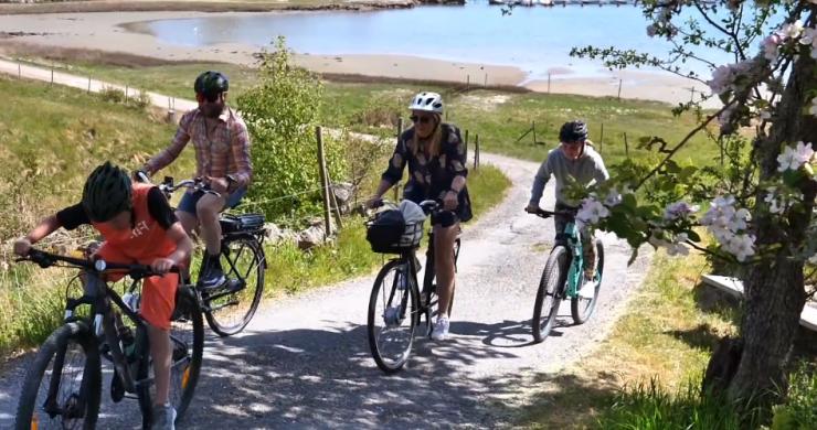 Cykelfilmsbild familj