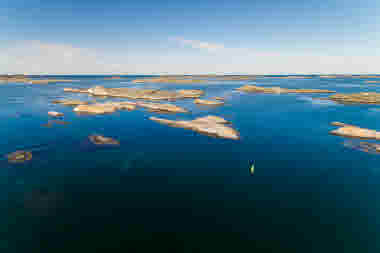 20170712_WestSweden-FacingWaves_DJI_0147_Photo Cred Lukasz Warzecha.jpg