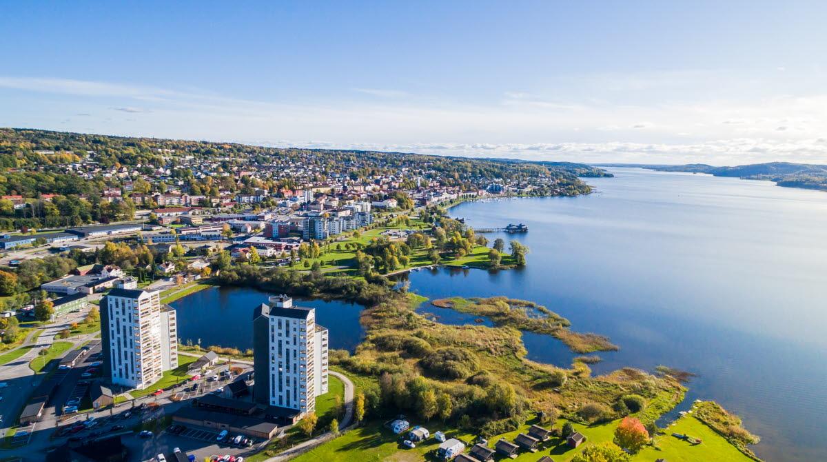 A view of Ulricehamn and Lake Åsunden.