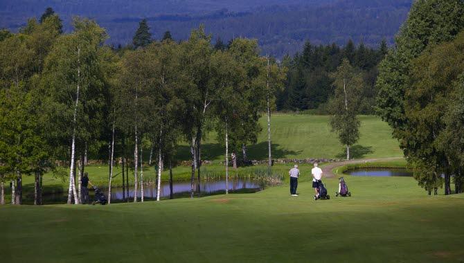 Ulricehamns Golfklubb med utsikt över Sjuhärads skogar