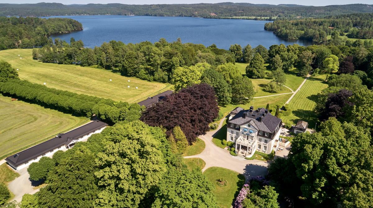 View over Baldersnäs Manor