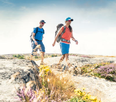 Hikers at Kuststigen